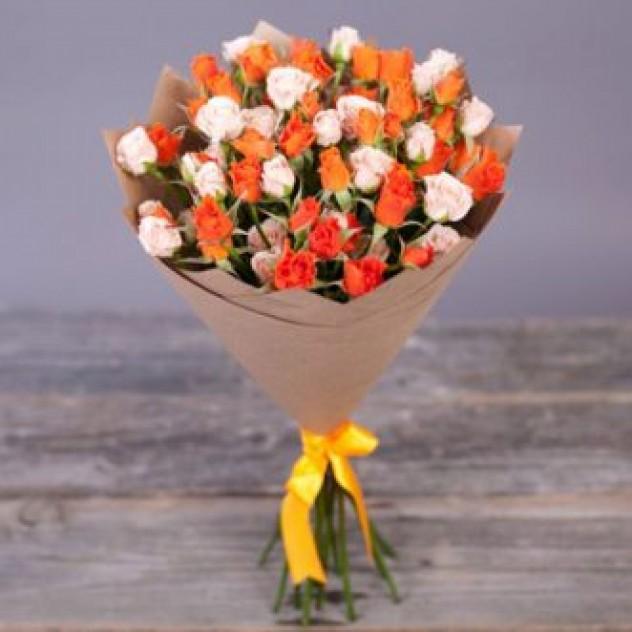 Букет 25 кустовых роз