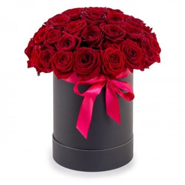 """Коробка """"35 алых роз"""""""